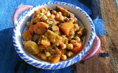 Verduras con garbanzos y especias al estilo indio
